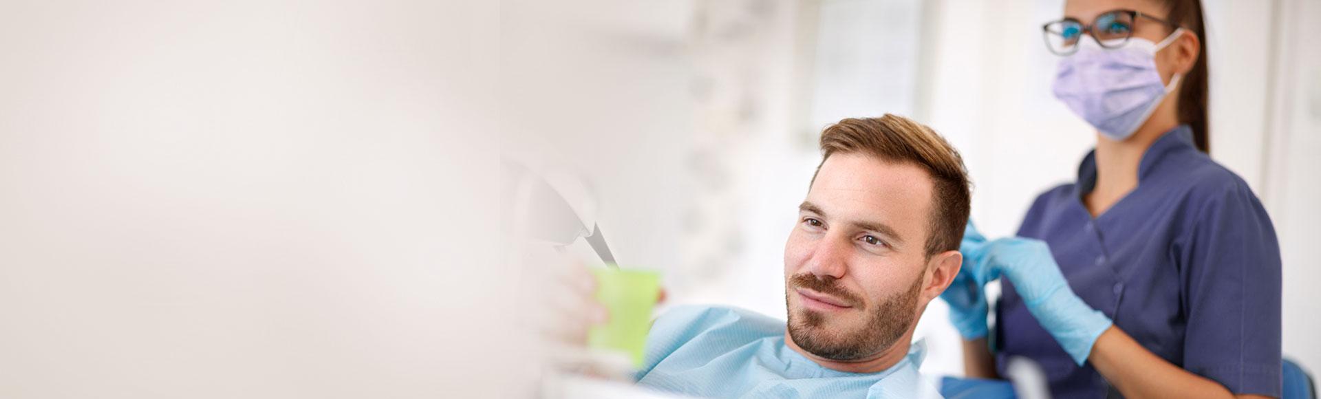 Professionelle Zahnreinigung Hamburg: Weisse gesunde Zähne und Prophylaxe