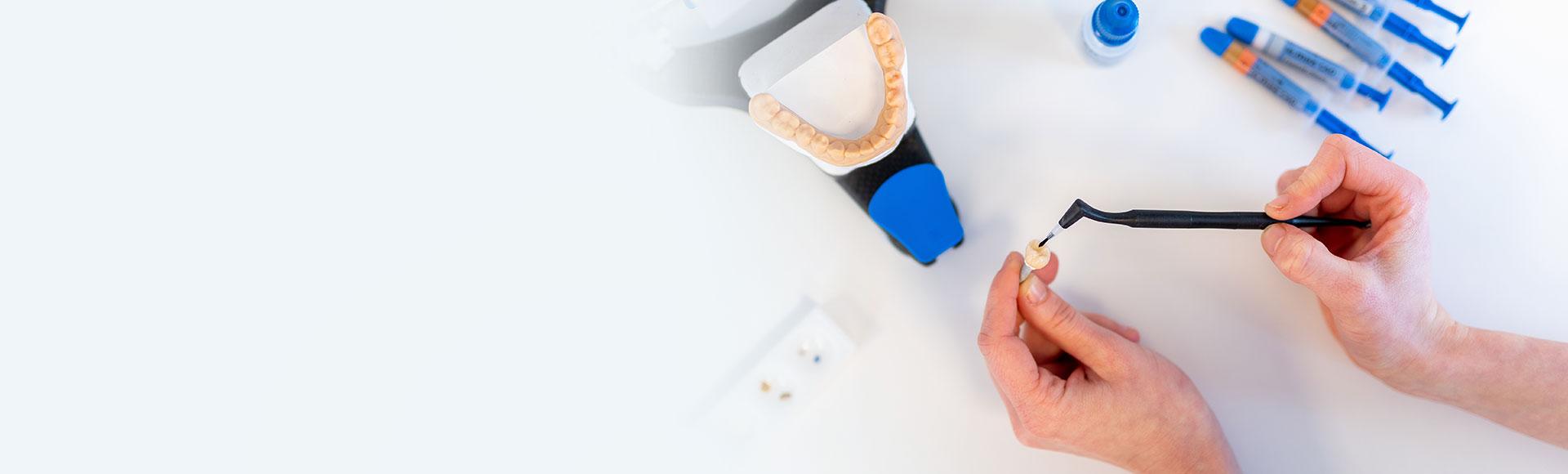 Qualitativer Zahnersatz – Prothesen, Brücken und mehr